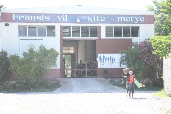 Fransis vil site metye building